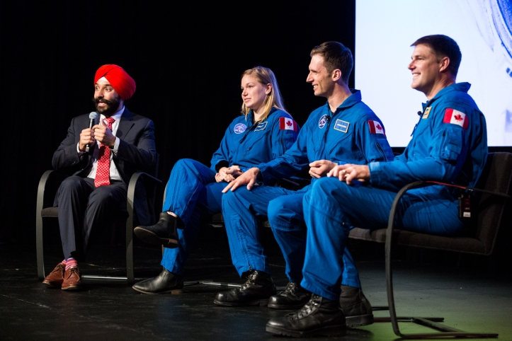 Joshua-Kutryk-and-Jenni-Sidey's-first-visit-to-the-CSA-as-Canadian-astronauts (1).jpg