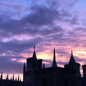 sunset from a room in Caius by @nadyadkelly
